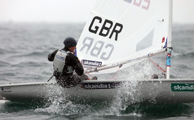 Alison Young, Laser Radial. ©  Richard Langdon http://www.oceanimages.co.uk
