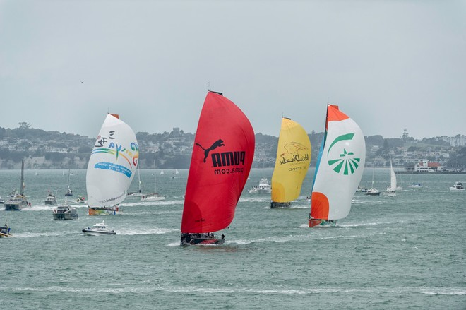 The fleet followed by spectator boats during the In-Port Race in Auckland, during the Volvo Ocean Race 2011-12.  © Paul Todd/Volvo Ocean Race http://www.volvooceanrace.com