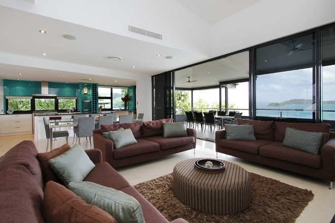The exquisite furnishings, stunning views and high tech finishes make the Edge apartments stand out from the rest. © Kristie Kaighin http://www.whitsundayholidays.com.au