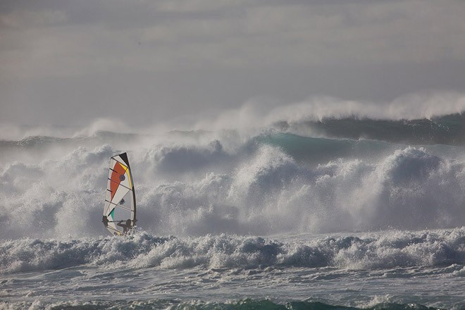 Current, extremely light winds and double-mast high sets were what the pros had to fight through - 2012 AWT Maui Makani Classic © American Windsurfing Tour http://americanwindsurfingtour.com/