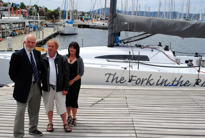 Hobart yachtsman Gary Smith (centre) with Commodores Ron Bugg (Derwent Sailing Squadron) and Donelda Niles (Tamar Yacht Club) at today's launch of the Good Guys Launceston to Hobart Yacht Race. © Rob Cruse