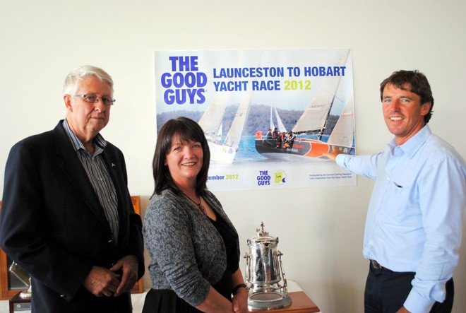 Melbourne yachtsman David Ellis points out his yacht Audi Penfold Sports on the poster for the L2H to Peter Newman and Donelda Niles from the Tamar Yacht Club. © Rob Cruse