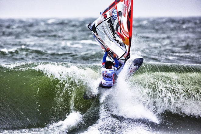 Late smack from Koster - 2012 PWA Sylt World CUp ©  John Carter / PWA http://www.pwaworldtour.com
