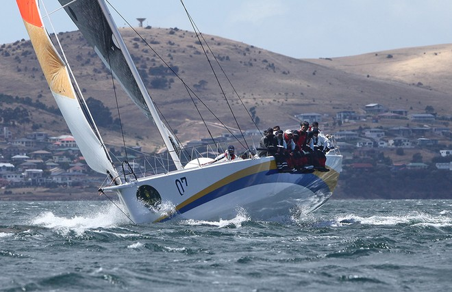 Back into breeze to the finish. - Rolex Sydney Hobart 2012 © Crosbie Lorimer http://www.crosbielorimer.com