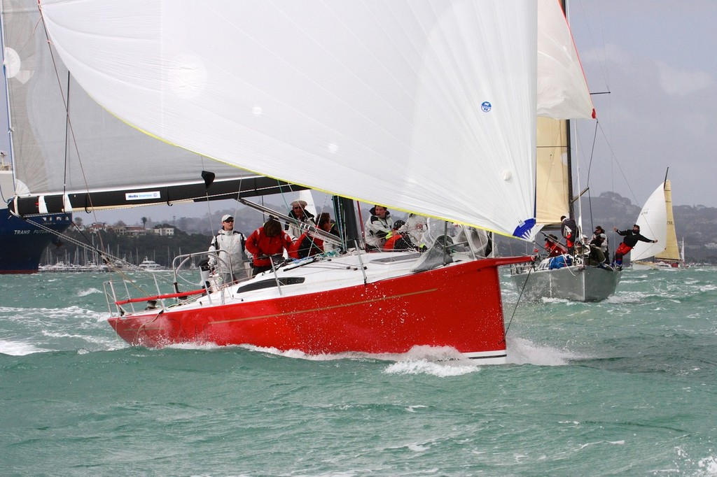 2012 Coastal Classic Start  © Richard Gladwell www.photosport.co.nz