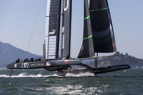 Oracle foiling prior to the capsize on October 16, showing platform twist which Simmer says was excessive - October 2012 © Guilain Grenier Oracle Team USA http://www.oracleteamusamedia.com/