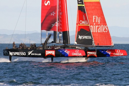 Emirates Team NZ foiling in light winds on the Waitemata Harbour © Richard Gladwell www.photosport.co.nz