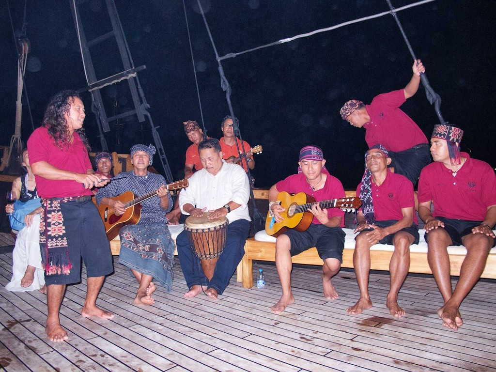 Asia Superyacht Rendezvous  2012. Live music from the crew. Silolona. © Guy Nowell http://www.guynowell.com