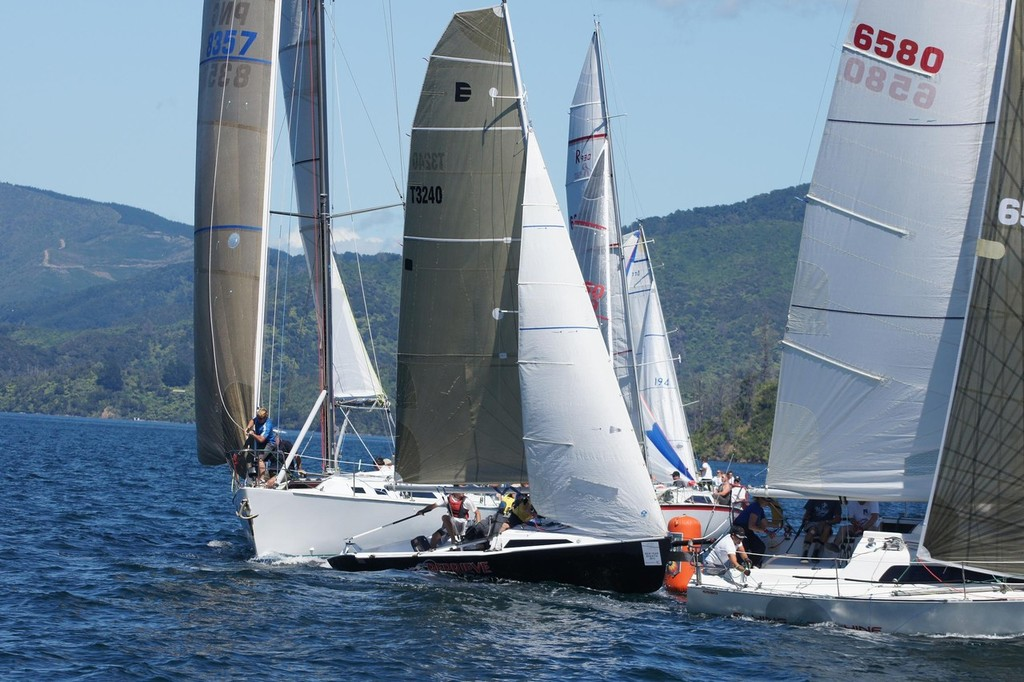 Close Racing - Racing in the Marlborough Sounds © Don Gurteen