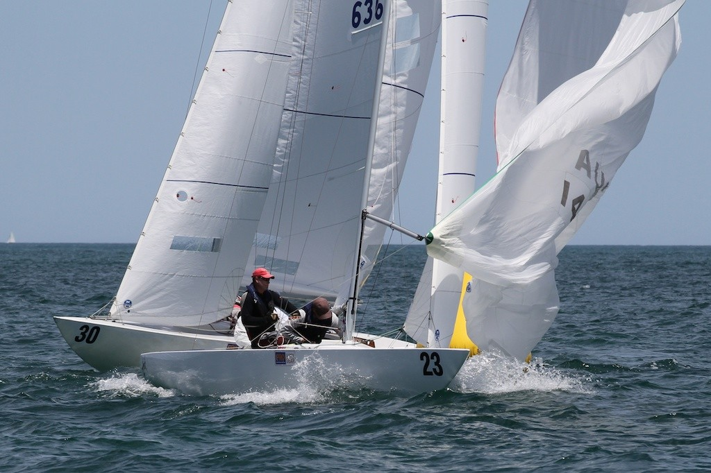 Manford rounds the top mark ahead of Z-ipi - Prochoice Safety Gear Etchells Nationals © Ron Jensen