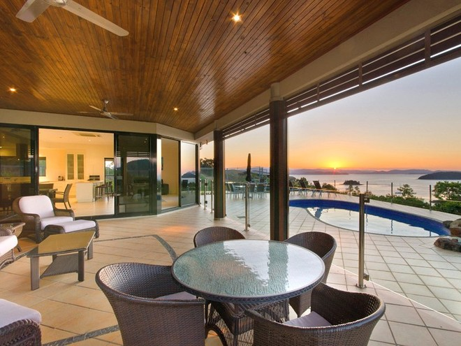Enjoy this beautiful pool area while taking in the views at Sunset Point © Kristie Kaighin http://www.whitsundayholidays.com.au
