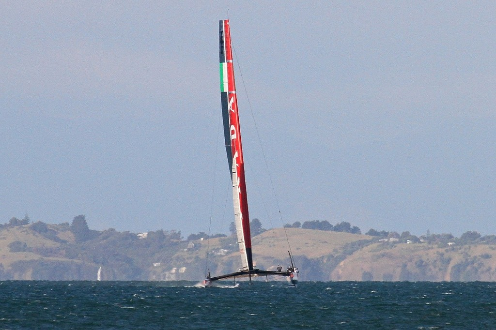 Luna Rossa  heads back to the beach - AC72 Race Practice - Takapuna March 8, 2013 © Richard Gladwell www.photosport.co.nz