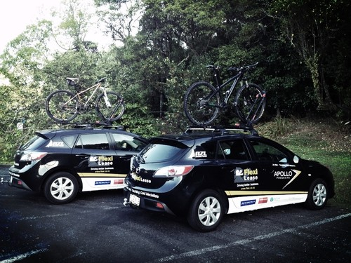 Cars from Flexi Lease – on one of the team's cross training sessions! © SW