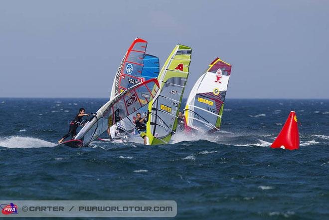 Arnon Dagan at the first mark - 2013 PWA Catalunya World Cup ©  John Carter / PWA http://www.pwaworldtour.com