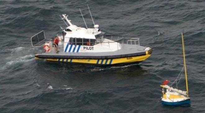 Circumnavigating French Sailor In 8ft Boat Rescued Torres Strait
