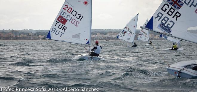 Palma (2) - ISAF Sailing World Cup 2013 © Alberto sanchez