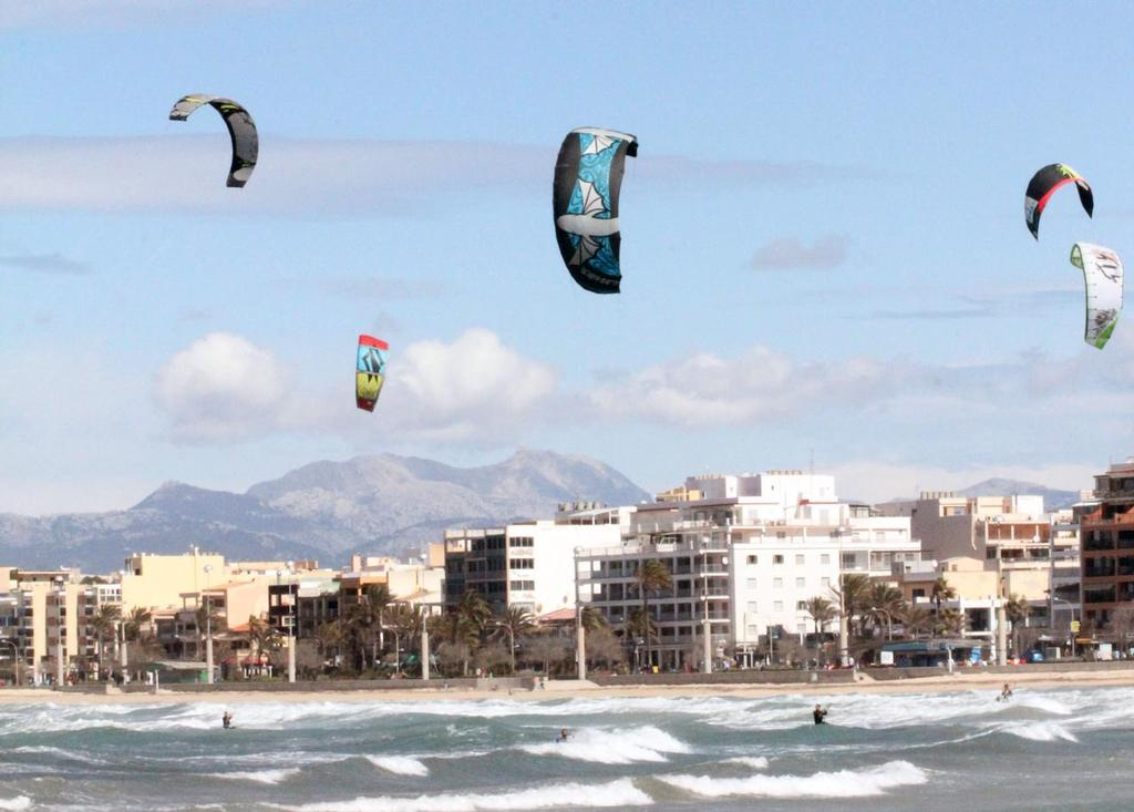 Kiteboarders out of 2016 chose to ignore Palma 2013 World Cup event - Trofeo Princesa Sofia Mapfre 2013 ©  SW