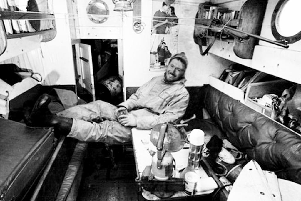 Circa 22nd April 1969: Robin Knox-Johnston relaxes to enjoy his first pint of beer in 313 days, after becoming the first man to sail solo non-stop around the globe. Knox-Johnston was the sole finisher in the Sunday Times Golden Globe solo round the world race, having set out from Falmouth, England on 14th June 1968 © Bill Rowntree - PPL http://www.pplmedia.com