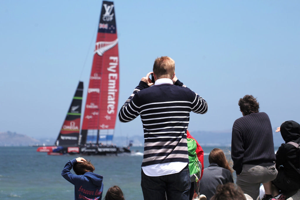 Even with only one boat, the crowds along the shore cheered each time ETNZ flew by - America's Cup © Chuck Lantz http://www.ChuckLantz.com