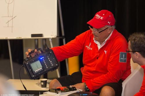 Iain Murray shows crew count device © ACEA - Photo Gilles Martin-Raget http://photo.americascup.com/