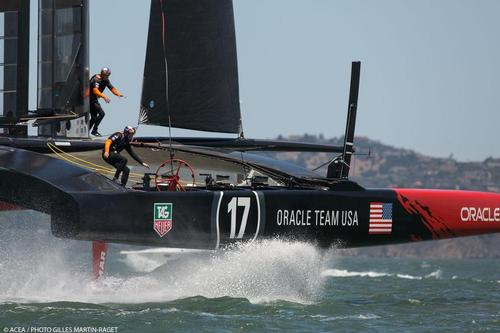 21/06/2013 - San Francisco (USA,CA) - 34th America's Cup - Oracle and ETNZ train today on the Bay © ACEA/ Bob Grieser http://photo.americascup.com/