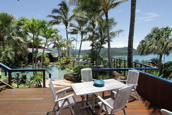 You will love the enormous entertaining area and views at Villa Illalangi © Kristie Kaighin http://www.whitsundayholidays.com.au