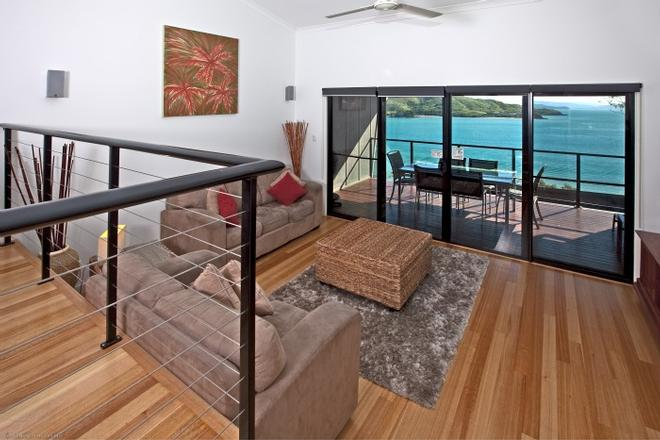Take in the breaktaking views from one of the Shorelines balconies! Picture perfect... © Kristie Kaighin http://www.whitsundayholidays.com.au