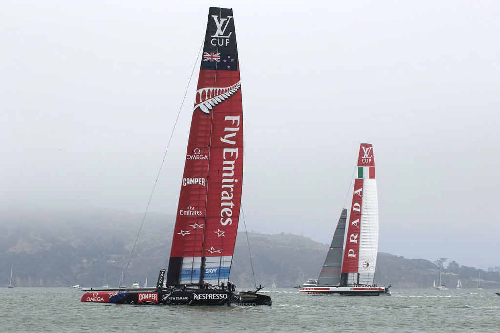Headsail already down, ETNZ still easily defeats Luna Rossa - Americas's Cup © Chuck Lantz http://www.ChuckLantz.com