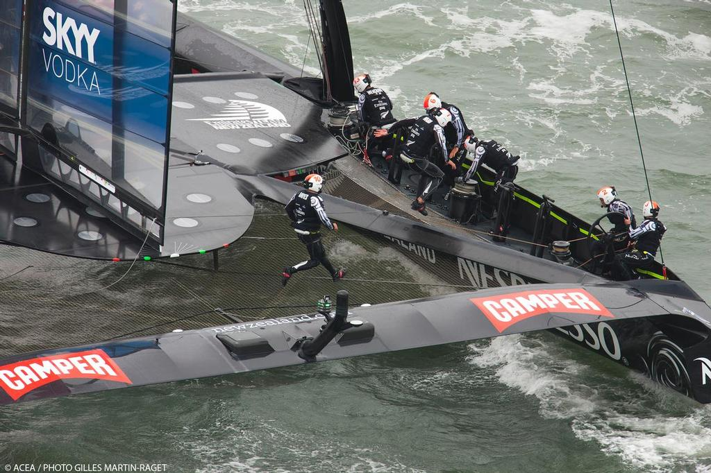 Tactician Ray Davies runs across to join Glenn Ashby, Louis Vuitton Cup - Race Day 12 - Emirates Team New Zealand  © ACEA - Photo Gilles Martin-Raget http://photo.americascup.com/