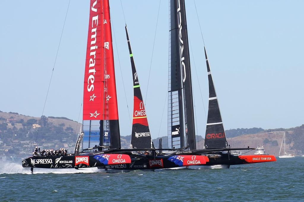 America's Cup - Day 1,  Oracle Team USA vs Emirates Team NZ - Race 1 © Richard Gladwell www.photosport.co.nz