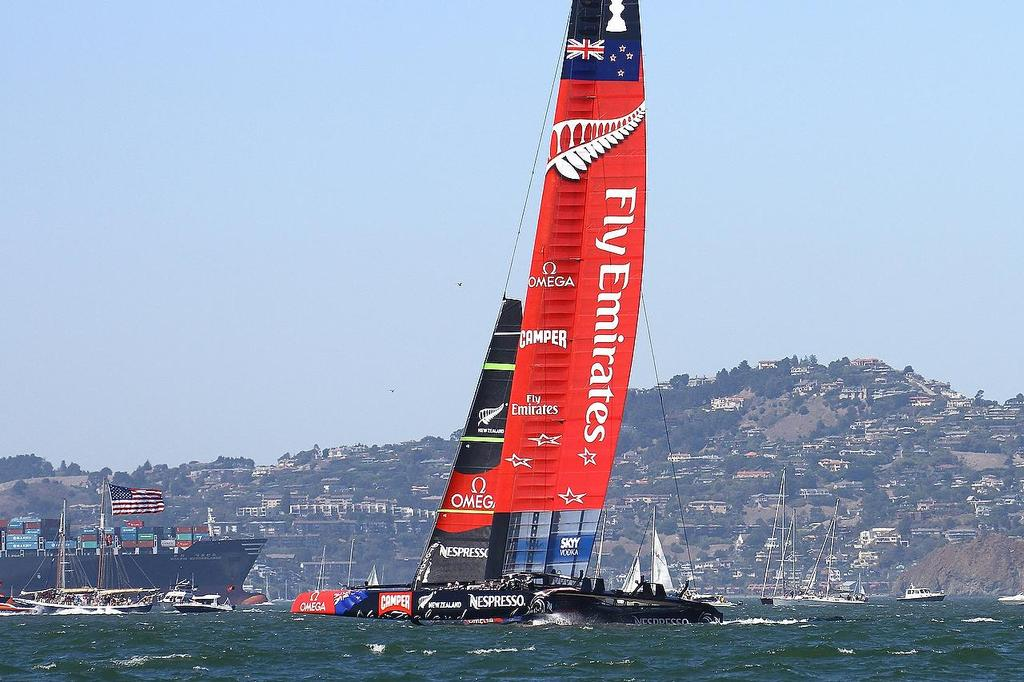 America's Cup - Day 1,  Oracle Team USA vs Emirates Team NZ - Race 2 © Richard Gladwell www.photosport.co.nz