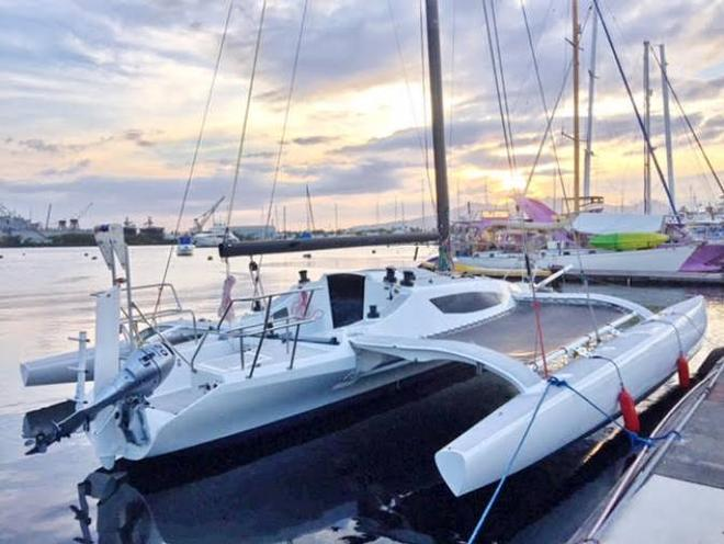 Farrier F-22 trimaran to appear at boat shows this year