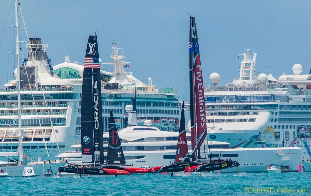 Emirates Team New Zealand<br /> Oracle Team USA<br /> <br /> Ernesto Bertarelli's VAVA and cruise ships<br /> <br /> Day  5<br /> 2017 35th America's Cup Bermuda  © Daniel Forster http://www.DanielForster.com