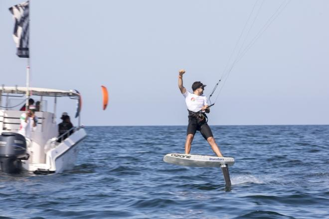 Day 5 – Nico Parlier – Formula Kite World Championships Oman ©  Toby Bromwich