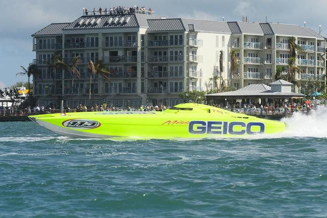 Super Boat Intl Key West World Champs Team Miss Geico In Action