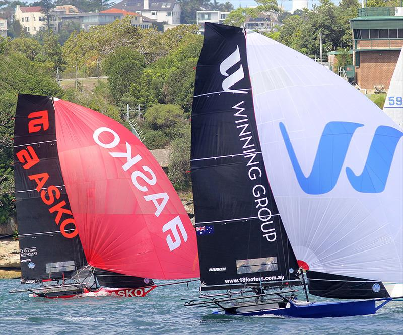 Winning Group and Asko Appliances go head-to-head downwind to the wing mark during race 1 of the 18ft Skiff JJ Giltinan Championship - photo © Frank Quealey
