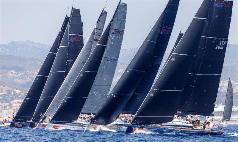 The Swan family gathers 31 One Designs and two Kings at the Copa del Rey MAPFRE
