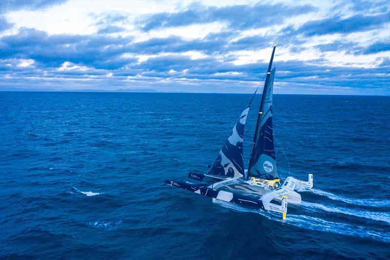Brest Atlantiques - The Maxi Edmond de Rothschild leading at Robben Island