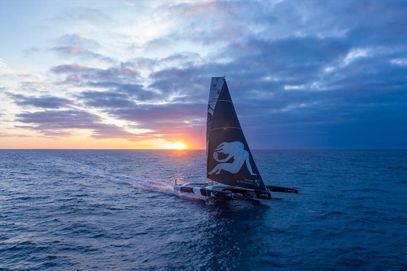 The Maxi Edmond de Rothschild sets off again on their Jules Verne Trophy record attempt - photo © Y.Riou / polaRYSE / Gitana S.A