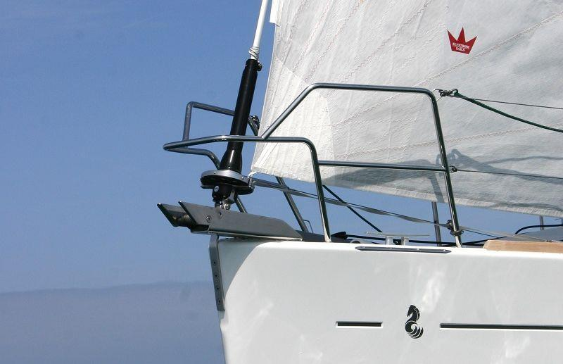 What Information Do I Need to Provide for a Complete Genoa Reefing System Specification?