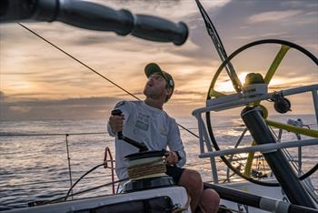 Volvo Ocean Race Leg 6, Day 10: Placing bets at the 'Casino Doldrums'