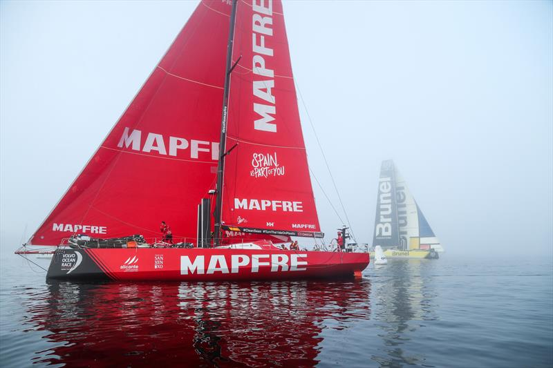 MAPFRE and Team Brunel - Leg 8 from Itajai to Newport. Arrivals. 08 May,. - photo © Jesus Renedo / Volvo Ocean Race